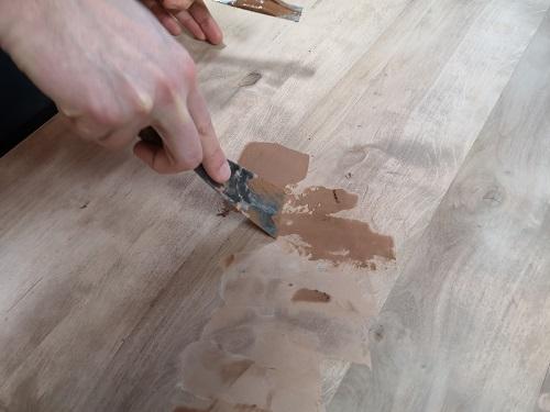 Come usare la spatola per stuccare