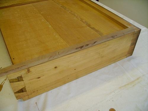 Come rifare una guida di legno di un cassettone
