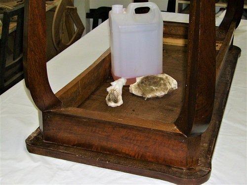 Come preparare il pulitore. Come restaurare un tavolo da muro o consolle. Mestierincorso.it