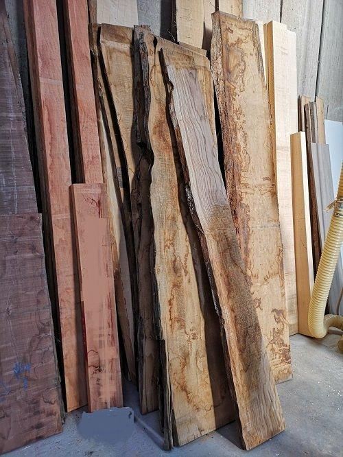 Tavole di legno.