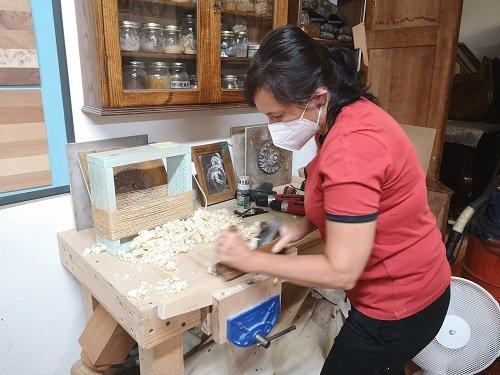 Corso di falegnameria: il pialletto a mano.